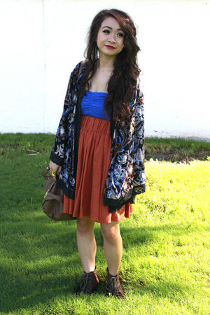 navy boca kimono free people cardigan - dark brown boots - burnt orange skirt