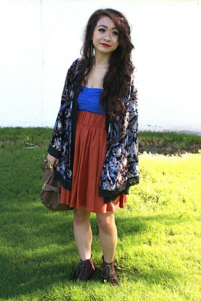 navy boca kimono free people cardigan - dark brown boots - burnt orange skirt
