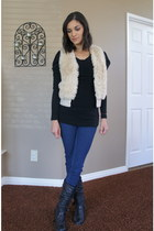 cream faux fur H&M vest - black Aldo boots