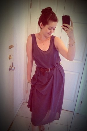 heather gray American Apparel dress - dark brown American Eagle belt