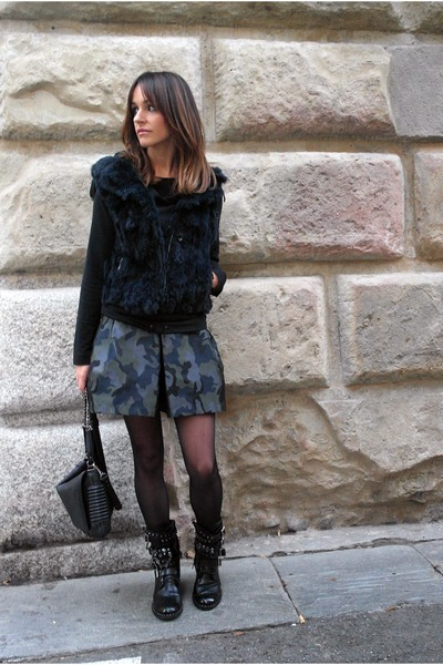 Pinko skirt - leather Pinko boots - faux leather Zara bag - liu jo hoodie