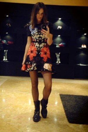 leather Pinko boots - elastyn Pinko dress