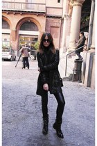 Pinko boots - Twin Set coat - LEAR pants
