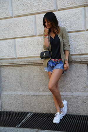 cotton Zara blazer - denim Levis shorts - leather nike sneakers