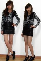 black Bershka skirt - silver Dress Like Me t-shirt