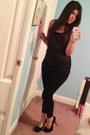 Black-leggings-leggings-black-racer-back-tank-shirt-black-heels