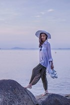 white beach H&M hat - white chiffon Mphosis shirt