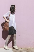 brown bucket bag Gentle Fawn bag - white sheer Mphosis shirt