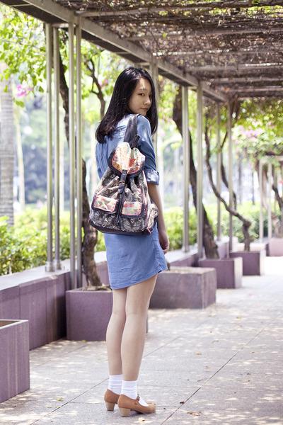 black geometric t-shirt & jeans bag - light blue denim Uniqlo dress