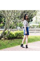 black Dav boots - blue v-neck passport love dress