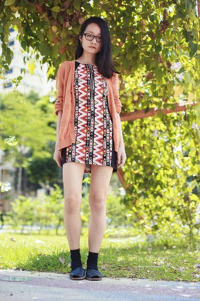 black neon zigzag H&M dress - carrot orange oversized Forever 21 cardigan
