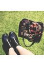 Black-floral-dressin-bag-black-sleeveless-topshop-top