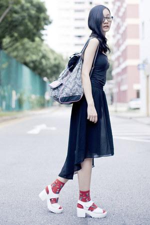 black Forever 21 skirt - backpack t-shirt & jeans bag - red Ggorangnae socks