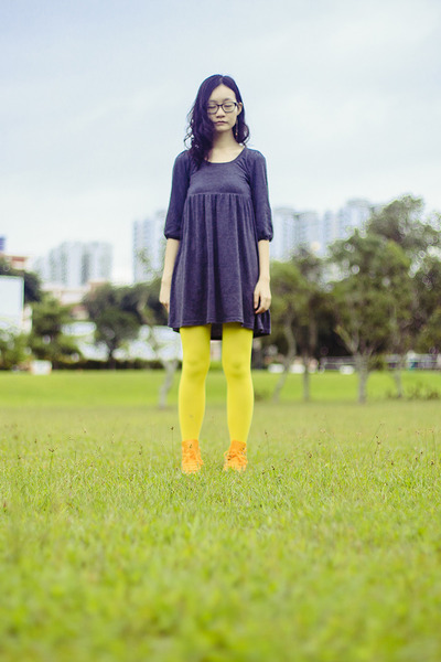 yellow Converse sneakers - charcoal gray babydoll Forever 21 dress