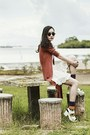 Gold-print-stance-socks-black-round-sunglasses-pink-superhero-romwe-swimwear