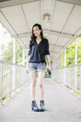 Blue-denim-forever-21-shorts-black-drape-top