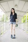 Blue-denim-forever-21-shorts-black-drape-top