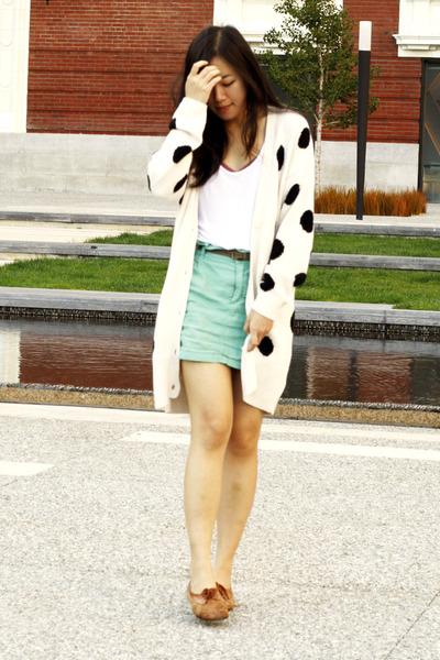 off white vintage H&M cardigan - bronze vintage shoes - aquamarine Zara skirt