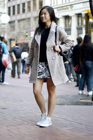 off white Zara coat - black sweater - silver sneakers - heather gray skirt