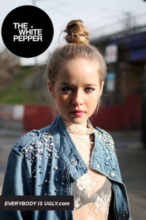 light blue denim THE WHITEPEPPER jacket - cream THE WHITEPEPPER top