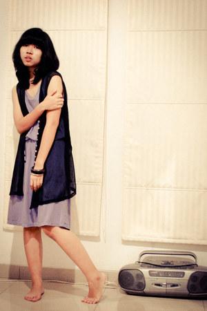 light purple memo dress - black sheer vest