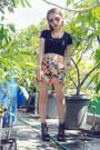 Floral-print-chloe-room-shorts-aviator-mango-sunglasses