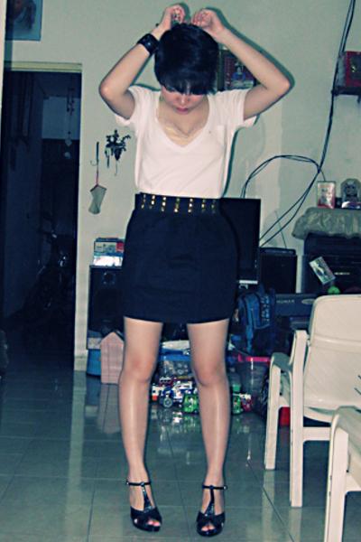 Gaudi shirt - Closet Queen skirt - Chrissie shoes