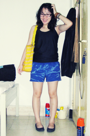shirt - Yuan shorts - Gap shoes - accessories