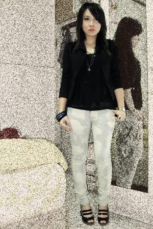 Nyla blazer - Zara shirt - Faeriedae shirt - jeans