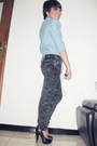 Blue-nyla-top-black-unknown-brand-jeans-black-aldo-shoes