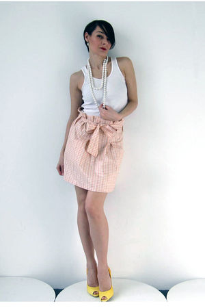 beige Simones Rose skirt - white American Apparel top - yellow Aldo shoes - silv