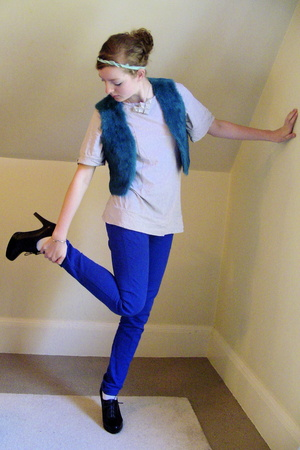 black Nine West shoes - blue skinny Primark jeans