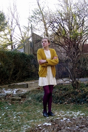 vintage sweater - self-made dress - H&M tights - thrifted shoes