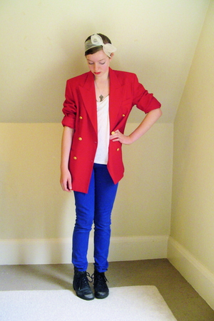 thrifted blazer - DIY top - Primark jeans - thrifted boots - DIY accessories - o