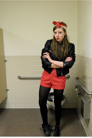 black H&M jacket - white BDG t-shirt - red vintage shorts - black CVS tights - b