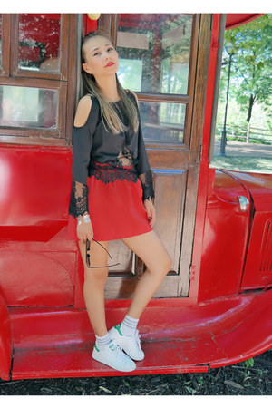 black Fashion Frenzzie top - white Stan Smith sneakers - red OASAP skirt