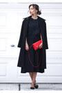 Red-nina-bag-black-nina-heels-silver-nina-bracelet