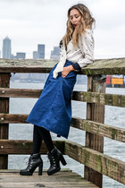 white Karen Kane scarf - black Report Signature boots - navy Boohoo skirt