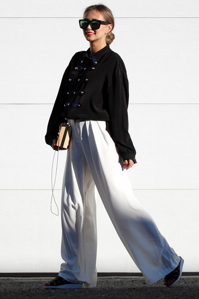 White-lookbook-pants-black-wannabk-blouse