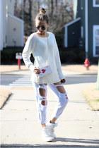 white style moi jeans - white OASAP bag - gold style moi ring