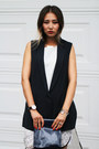 Navy-yesimfrench-bag-navy-blackfive-vest-white-younghungryfree-top