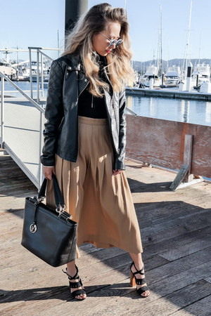 black Nuciano bag - black Forever 21 jacket - black Lulus sandals