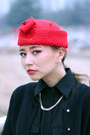 Red-wool-choies-hat