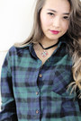 Navy-blackfive-jeans-forest-green-style-moi-shirt-black-style-moi-necklace