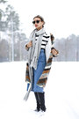 Tawny-tart-collection-coat-white-tommy-hilfiger-sweater