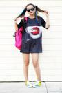 Hot-pink-onfancy-bag-black-wholesale-celebshades-sunglasses