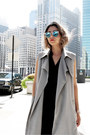 Heather-gray-lulus-coat-blue-polette-sunglasses