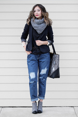 black castro boots - navy Urban Outfitters jeans - black castro blazer