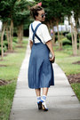 Blue-polette-sunglasses-white-new-look-top-navy-chicwish-skirt