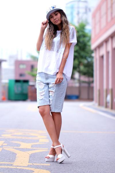 white floral print eloq hat - white foil printed eloq shirt